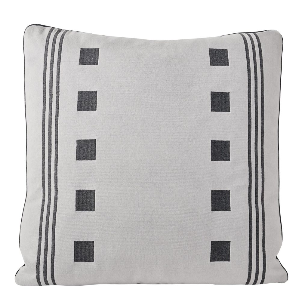 Fairways pillows in Grey Matter